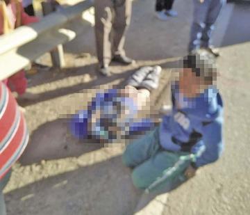 Niño muere arrollado por un bus en el camino hacia Sucre