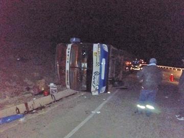 El bus sufrió daños materiales de consideración