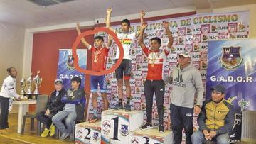 Potosinos suben al podio en ciclismo