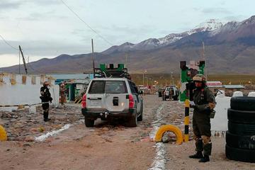 Contrabandistas ofrecen sobornos a militares de hasta 15 mil dólares
