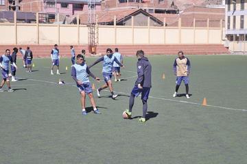 Nacional y Real Potosí jugarán amistosos contra Independiente y Bolívar