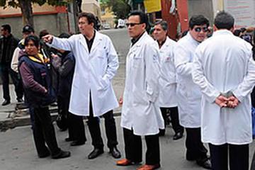 Médicos anuncian paro nacional por situación crítica en los hospitales