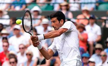 Djokovic vence a Hurkacz en Wimbledon