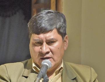 Gobernador advierte que la capital puede perder los beneficios del litio