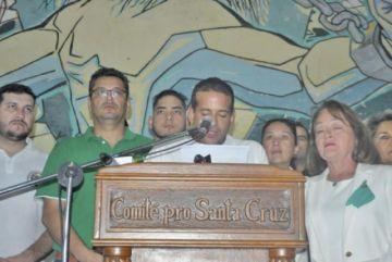 Santa Cruz cierra el paro y cívicos preparan una protesta nacional