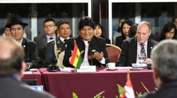 Morales viajó a Argentina para participar en la Cumbre del Mercosur