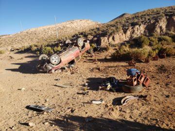 Chofer se da a la fuga luego de ocasionar un accidente
