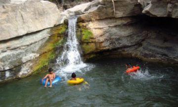 Gestionan trasladar días feriados al fin de semana en favor de un turismo
