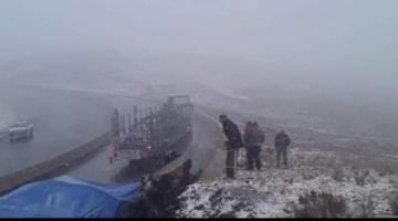 Rige máxima alerta climática y cierran varias carreteras hasta nuevo aviso