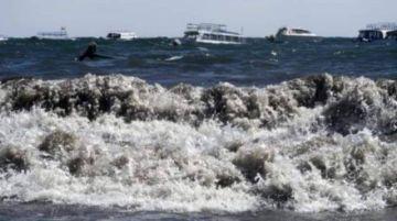 Vientos fuertes en Tiquina y Copacabana obligan a suspender uso de lanchas