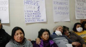 Pacientes con cáncer y sus familiares inician una huelga de hambre