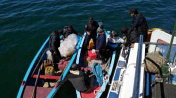 Tres peruanos desaparecen en el Titicaca y la Armada activa operativo de búsqueda