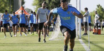 """Boca recibe a Paranaense  en """"La Bombonera"""""""