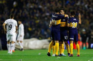 Boca Juniors superó al Athletico Paranaense