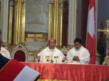 Iglesia católica invoca a trabajar por el desarrollo del país (incluye videos)
