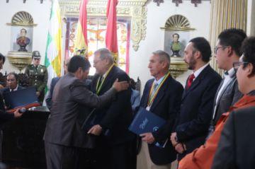 Gobernación reconoce aporte de ciudadanos al desarrollo