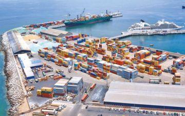 Chile afirma que tema tarifario en puerto de Arica no afecta al libre tránsito