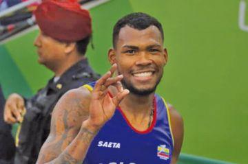 Zambrano consigue el oro en 400 metros