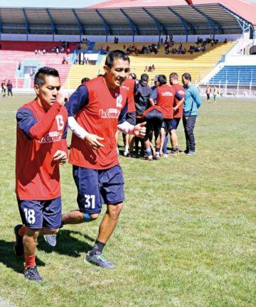 Vargas y Dury son dudas ante la Máquina Vieja