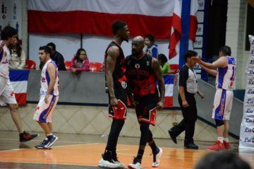 Pichincha se impone a La Salle y clasifica a semifinales
