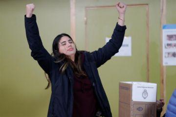 Cierran los colegios electorales en Argentina