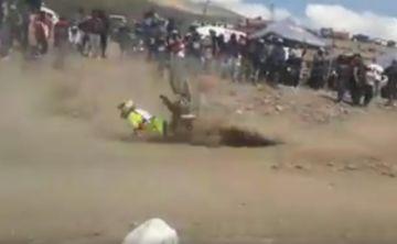 Motociclista muere en una competencia en Oruro