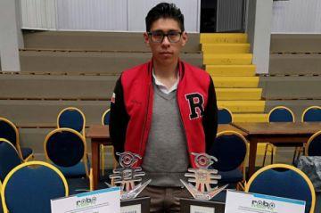 Potosino gana en una categoría del Torneo Nacional de Robótica
