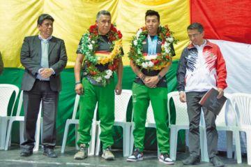 Moscoso es recibido como héroe en Sucre