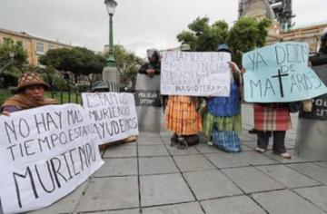 Personas con cáncer exigen al Gobierno ser incluidos en el SUS en Cochabamba