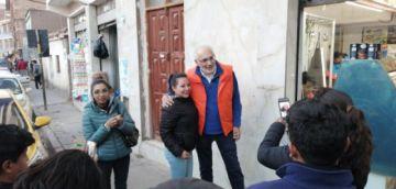 Carlos Mesa recorre las calles potosinas