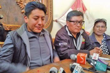 Presidente cívico admite haberse reunido con gente de Carlos Mesa