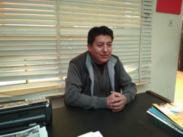 Pumari refuta acusaciones de Ortíz y le dice que está aliado al MAS