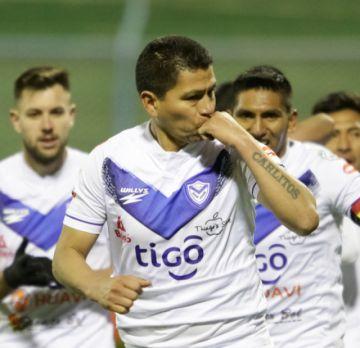 Carlos Saucedo se acerca al gol 150  en San José