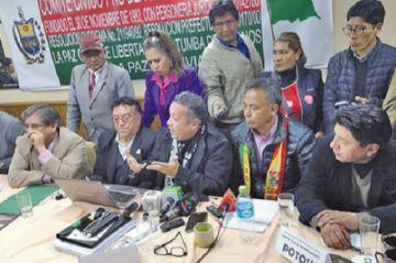 Cuatro regiones acatan el paro demandando respeto por el 21F