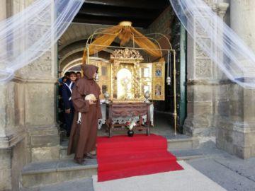 Exponen retablo en honor a San Bartolomé