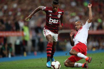 "Flamengo vence al Internacional en el ""Maracaná"""