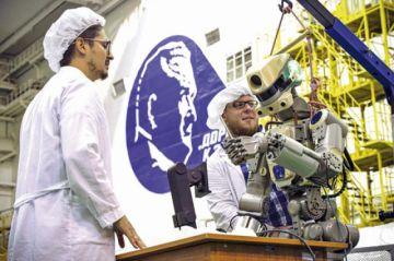 Rusia lanza nave Soyuz con un  androide a bordo