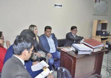 Juez dispone detención domiciliaria con derecho al trabajo para Revilla