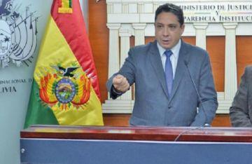 Gobierno sugiere a 3 autoridades judiciales que soliciten licencia