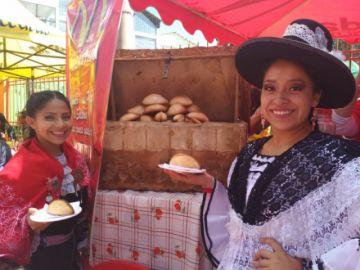 Potosí volvió a agasajarse con sus salteñas y helados