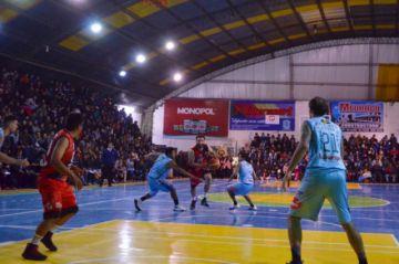 Surge polémica al final del partido entre Nacional Potosí y CAN que terminó con un detenido