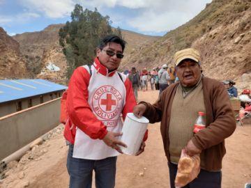 Voluntarios continúan recolección de ayuda para la Chiquitanía