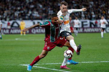 """Fluminense y Corinthians definen uno de los semifinalista en el """"Maracaná"""""""