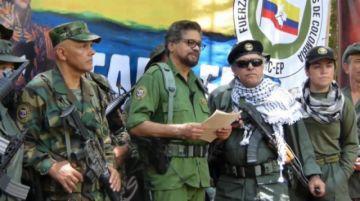 """El disidente de las FARC """"Iván Márquez"""" anuncia que retoma las armas"""