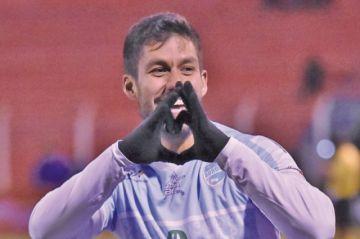 Real empata y se aleja de la Sudamericana