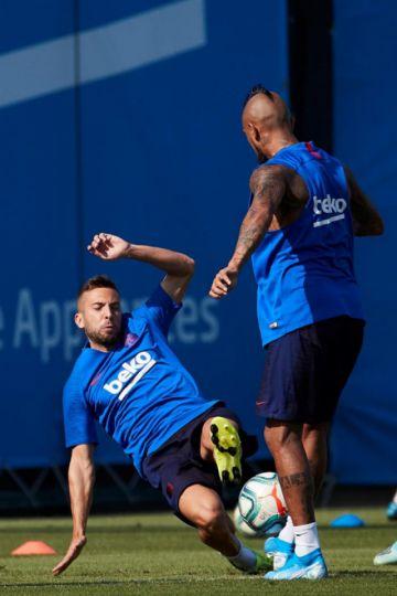 """Barcelona visita a Osasuna en """"El Sadar"""""""