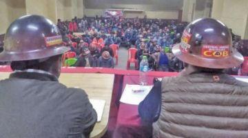 Mineros esperan atención al conflicto de San Cristóbal
