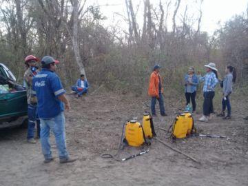 Voluntarios potosinos parten a combatir el fuego