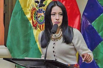 Reaccionan al negar ingreso de cineastas bolivianos a Chile