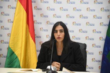 Montaño pide dialogar con médicos en medio de avisos de descuentos